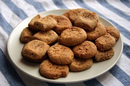 """Ricetta dei biscotti """" Fave dei Morti """" marchigiani"""